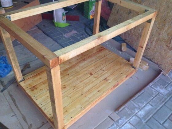 как сделать будку из дерева